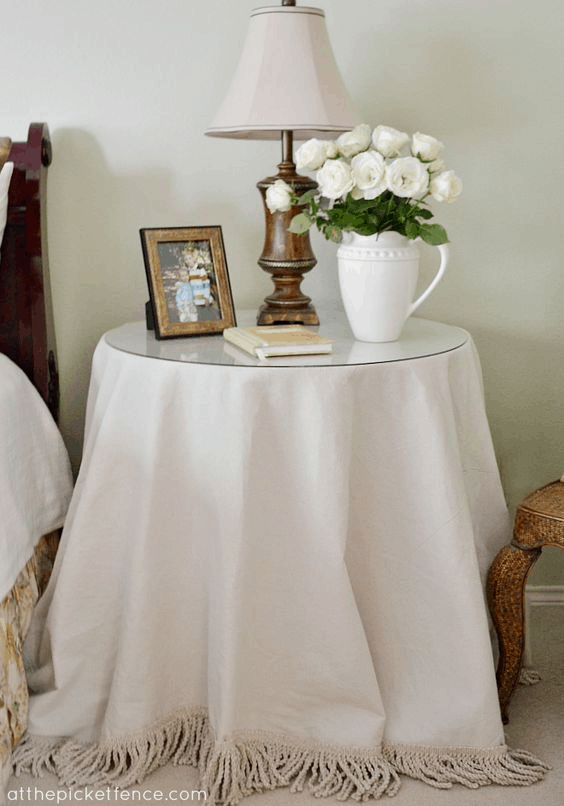 Discover 10 brilliant projects using drop cloth from Home Depot or Lowes. Drop Cloth is so cheap and it looks like linen #EasyDIY #SimpleDIY #ElegantDIY